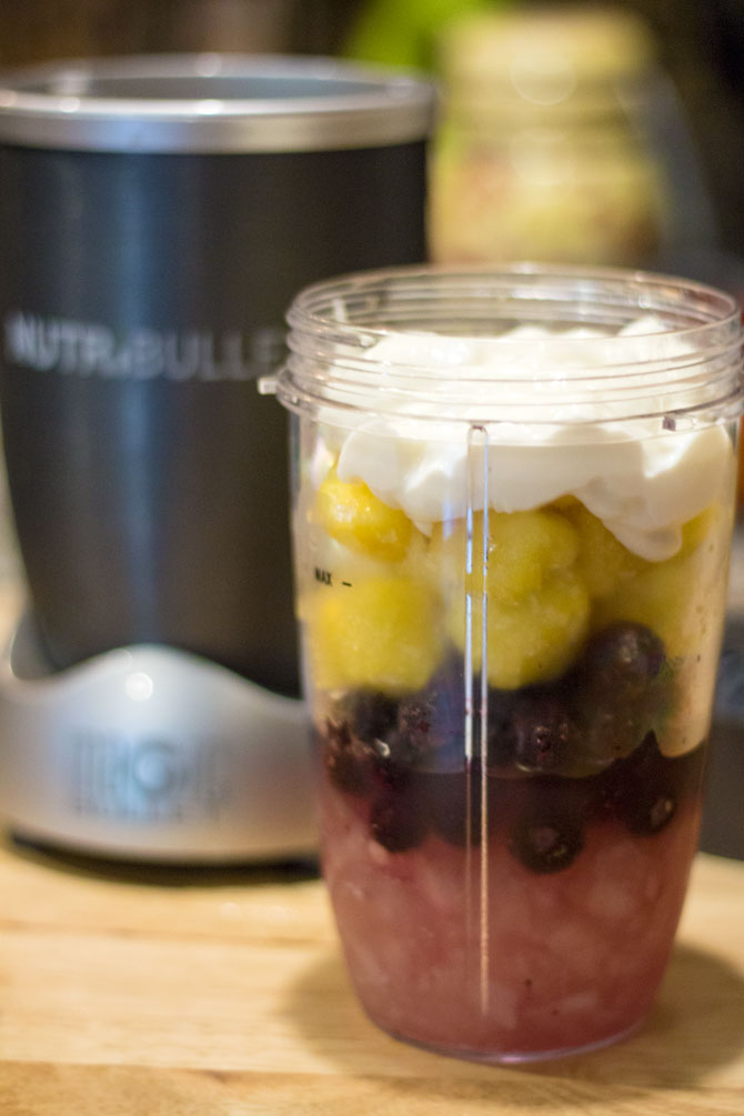 Blueberry Pineapple Smoothie - Layers 2